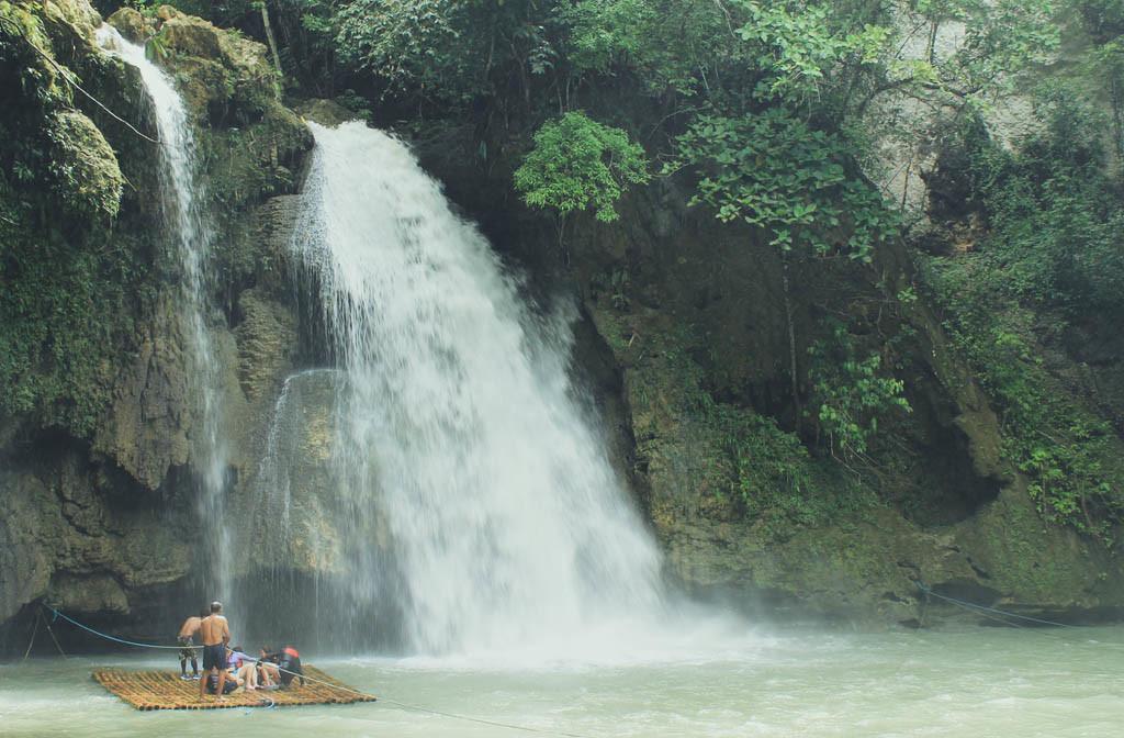 Kawasan Falls (first falls)
