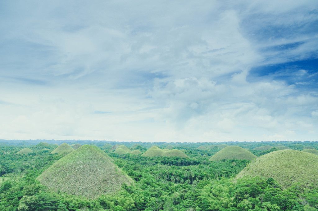 Chocolate Hills. Photo credit to Sir Jake Bantug