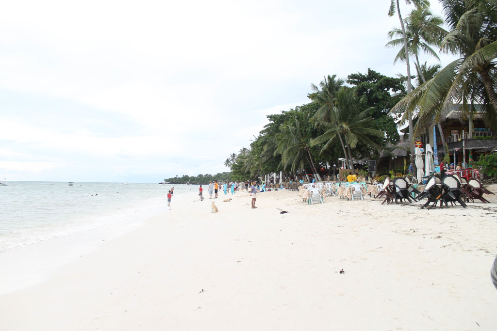 Alona Beach Resort