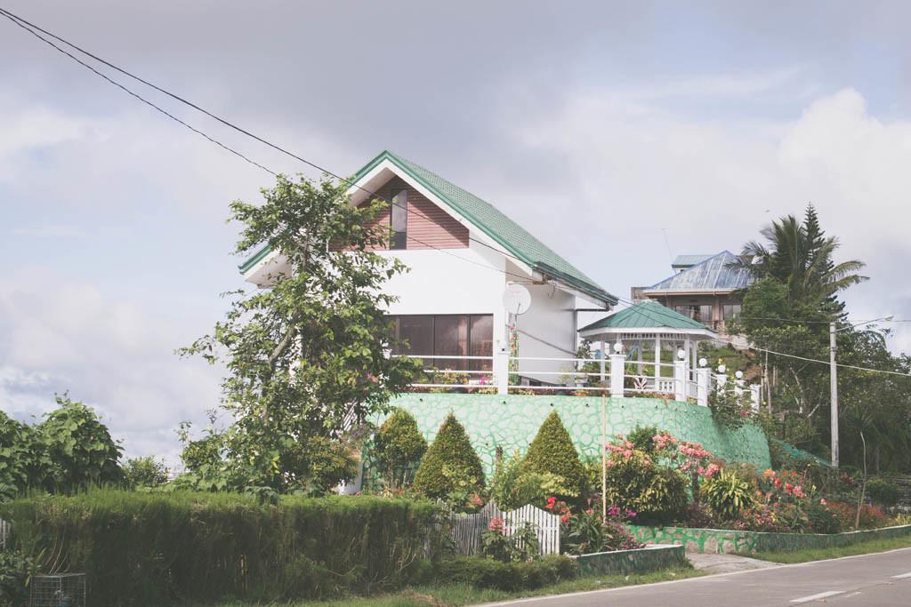 Nice house near Felixberto's.