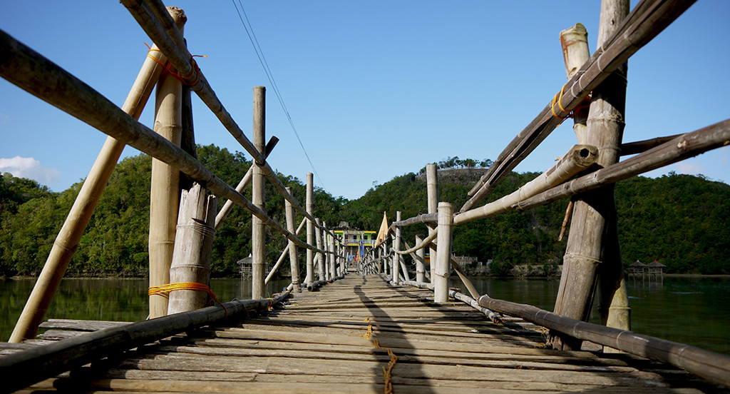Bamboo bridge - Tinagong Dagat
