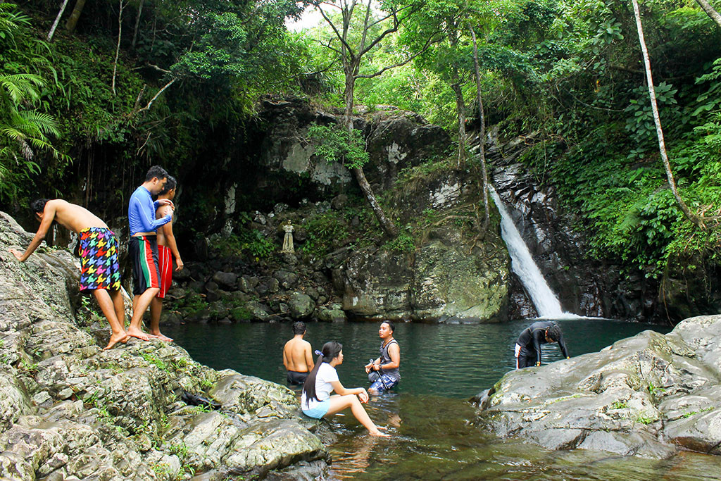 Recoletos Falls