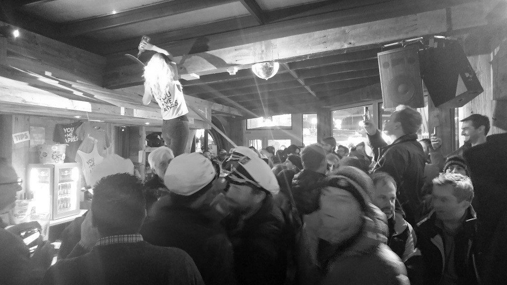 Après–ski. Yep, you can drink for free but it has to be through a ski board. :D