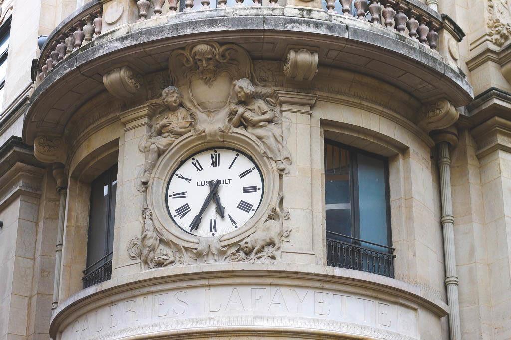 Random clock but isn't it beautiful?