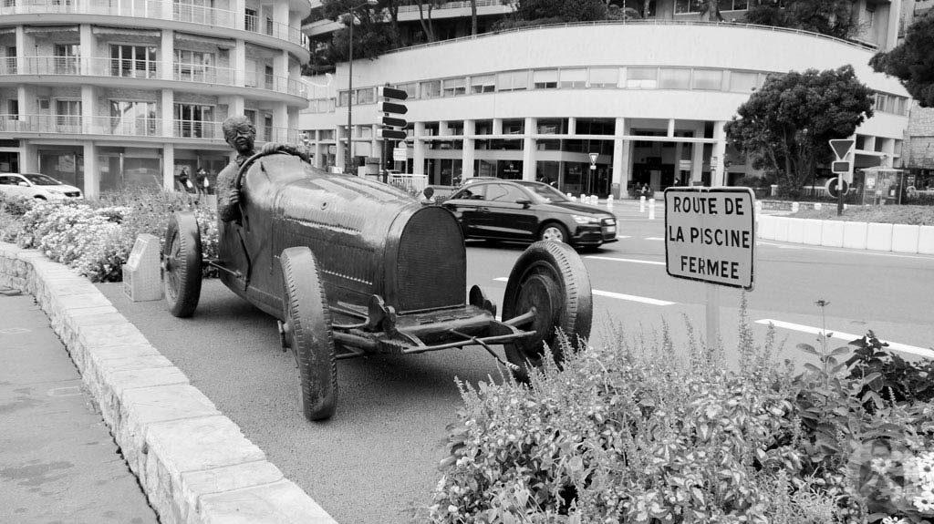 William Grover, winner of the Monaco Grand Prix 1 in a Bugatti 35B